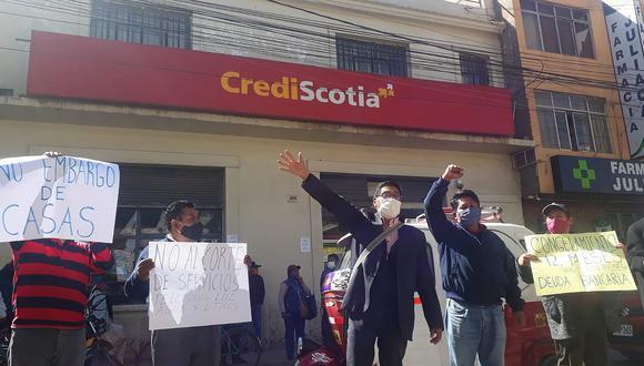 Juliaca: Prestatarios volverán a protestar pidiendo el congelamiento de sus deudas