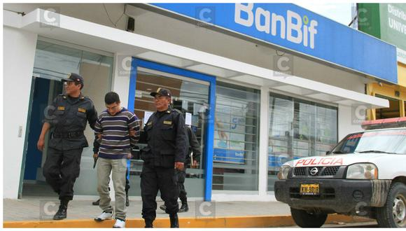 Acusado de asalto a banco Banbif vuelve al lugar de los hechos en diligencia