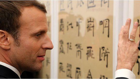 Emmanuel Macron causa sensación en China al intentar hablar en mandarín (VIDEO)