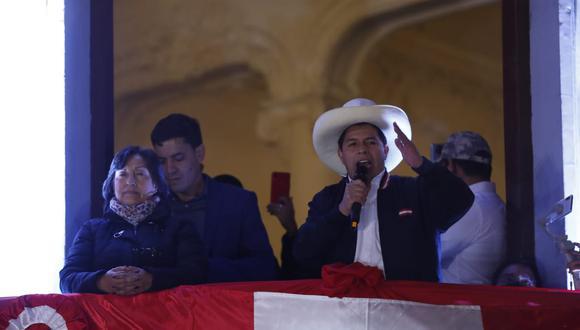 Alcalde de Trujillo, José Ruiz, anuncia que alcaldes buscarán reunión con Pedro Castillo para explicarle la problemática que atraviesan, mientras que electo congresista de Renovación Popular, Diego Bazán, negó que se puedan convertir en una bancada obstruccionista. (Foto: Hugo Pérez / GEC)