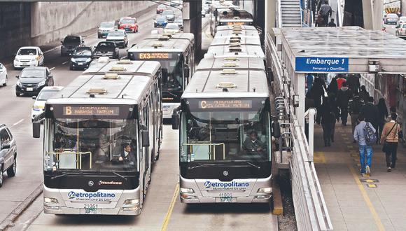 Metropolitano y tren dan facilidades a los electores limeños