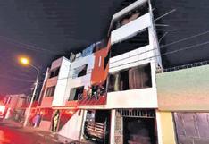 Incendio en vivienda de Paucarpata dejó 4 vehículos calcinados