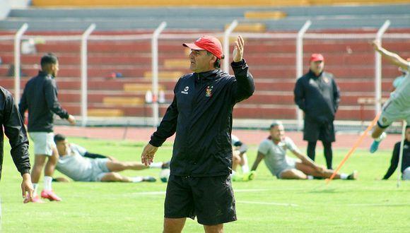 Bustos resalta que Melgar tiene uno de los planteles más competitivos de la Liga 1