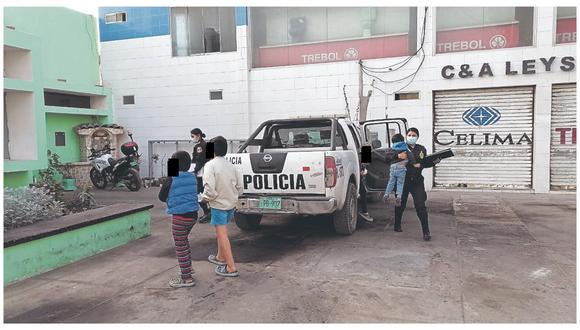 Autoridades de Nuevo Chimbote los rescatan tras denuncias de vecinos del asentamiento humano Villa Victoria que mujer los maltrataba.