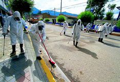 Fumigan principales calles de Huancayo y Chilca para evitar virus