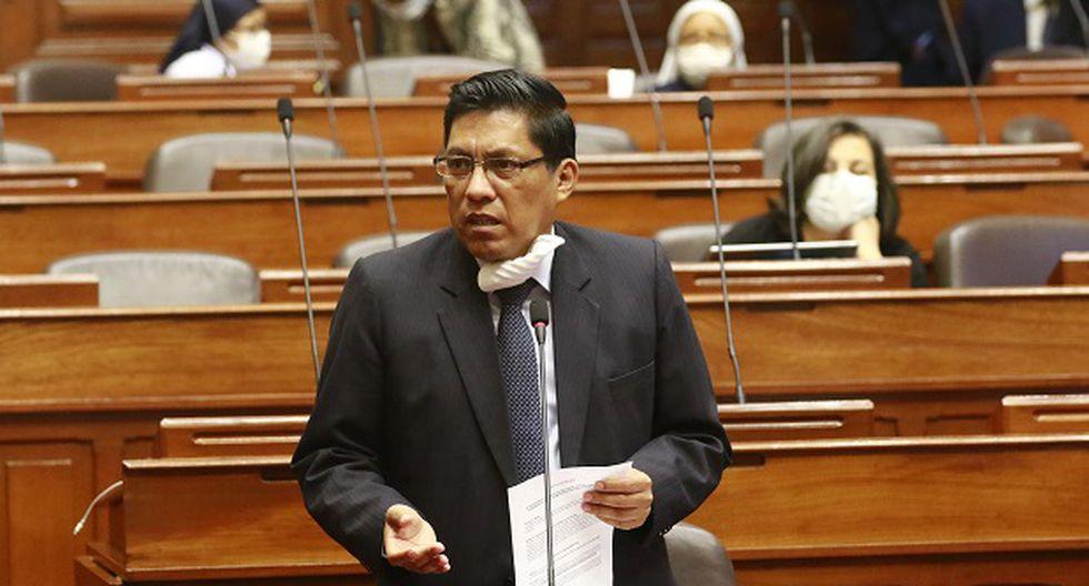 El presidente del Consejo de Ministros (PCM) Vicente Zeballos participa en una sesión de la Junta de Portavoces del Congreso, el pasado 31 de marzo. (Foto: Congreso).