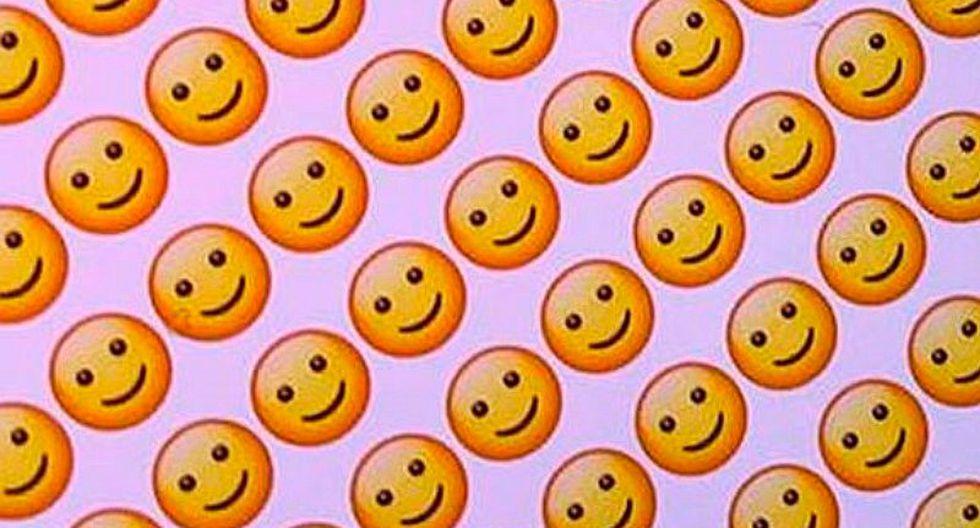 Mira lo que pasa si mandas 65 mil veces el emoji de carita a tu contacto de WhatsApp
