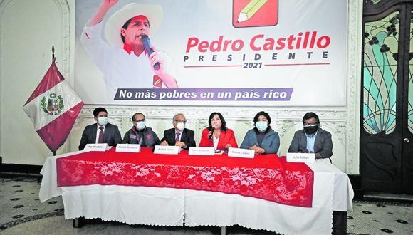 Figuran Pedro Francke (MEF), Julio Arbizu (Justicia), Hernado Cevallos (Salud), Óscar Maúrtua (RR.EE.) y Wilson Barrantes (Mindef)