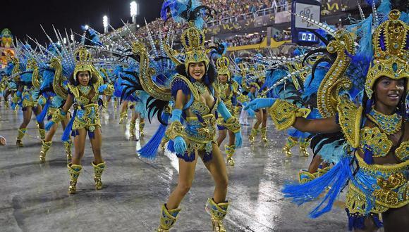 Los fanáticos del espectáculo podrán recordar los años de gloria a través de TV Globo, que exhibirá 28 desfiles considerados históricos. (Foto: archivo AFP)
