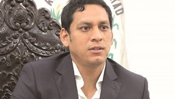 """Luis Valdez: """"Para reconstrucción y rehabilitación hay cero dinero"""""""