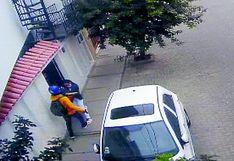 Piura: Graban a un delincuente asaltando a una enfermera en la residencial Angamos