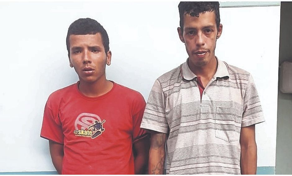 Colombianos asaltaron a joven con cuchillo