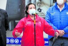 """Dina Boluarte a Perú Libre: """"No hay que dejarnos llevar por ideas de algunos dirigentes"""""""