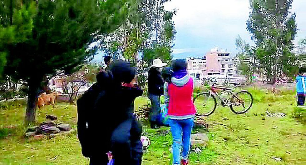 Huancayo: Familias con niños no acatan cuarentena y se enfrentan a los agentes