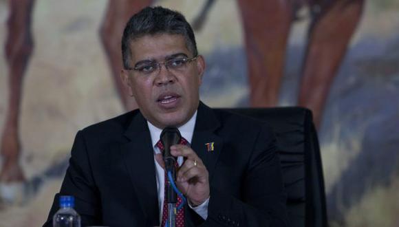 Venezuela pide a EEUU que deje de financiar a oposición