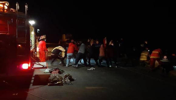 Joven muere y 3 quedan heridos en la Vía Matarani-Arequipa