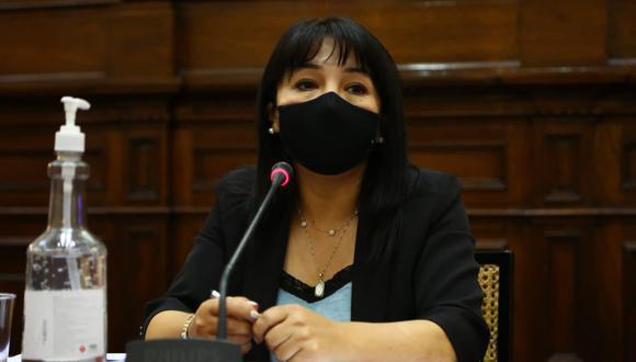 """Mirtha Vásquez, presidenta del Congreso de la República, señaló que este viernes se debe votar """"indefectiblemente"""" el informe final del caso Edgar Alarcón. (Foto: Twitter Mirtha Vásquez @MirtyVas)"""