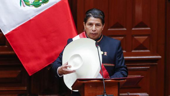 Pedro Castillo anunció que próximamente presentará un proyecto de reforma constitucional para instaurar una asamblea constituyente que se encargue de elaborar una nueva Constitución. (Foto: Presidencia de la República)