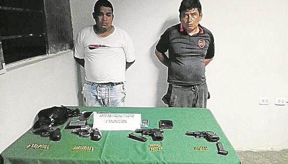 Capturan a dos con armas de fuego