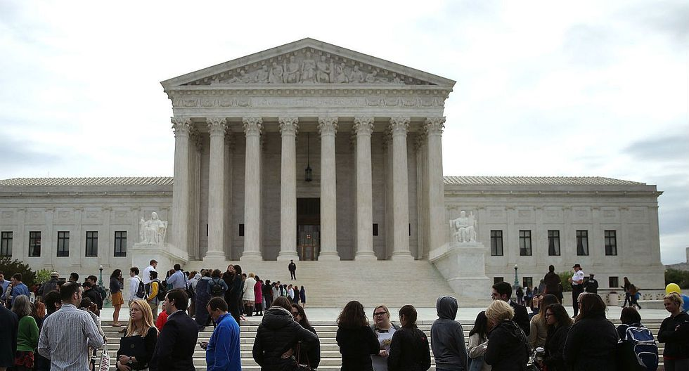 EE.UU.: Pastelería que se negó a hacer torta a pareja gay irá a juicio