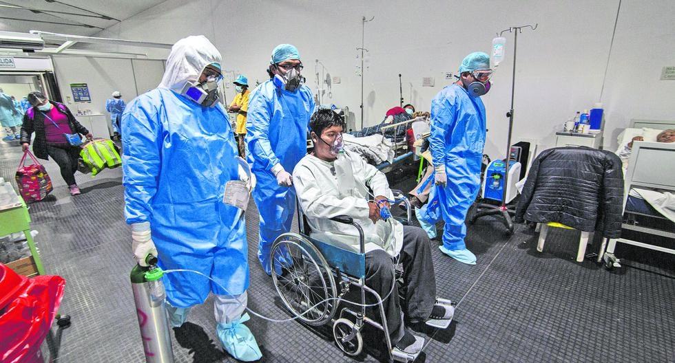 fotos del área de triaje del Hospital Regional Honorio Delgado Espinoza debido al incremento de enfermos por covid- 19, en la Ciudad de Arequipa. fotos LEONARDO CUITO / @photo.gec