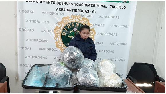 Policía interviene a mujer que transportaba 15 kilos de marihuana en una maleta