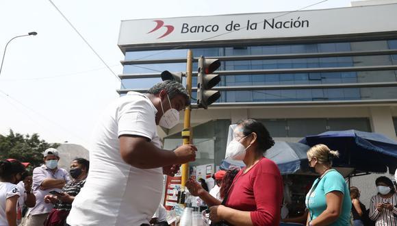 Actualmente se reparte el bono en las agencias del Banco de la Nación. (Foto: Jesus Saucedo   GEC)