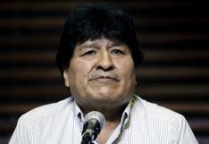 """Evo Morales hizo el """"baile del cuello"""" durante ceremonia de juramentación de Castillo"""
