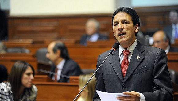 Segundo Tapia asegura que ministra de salud no actuó correctamente en caso Moreno