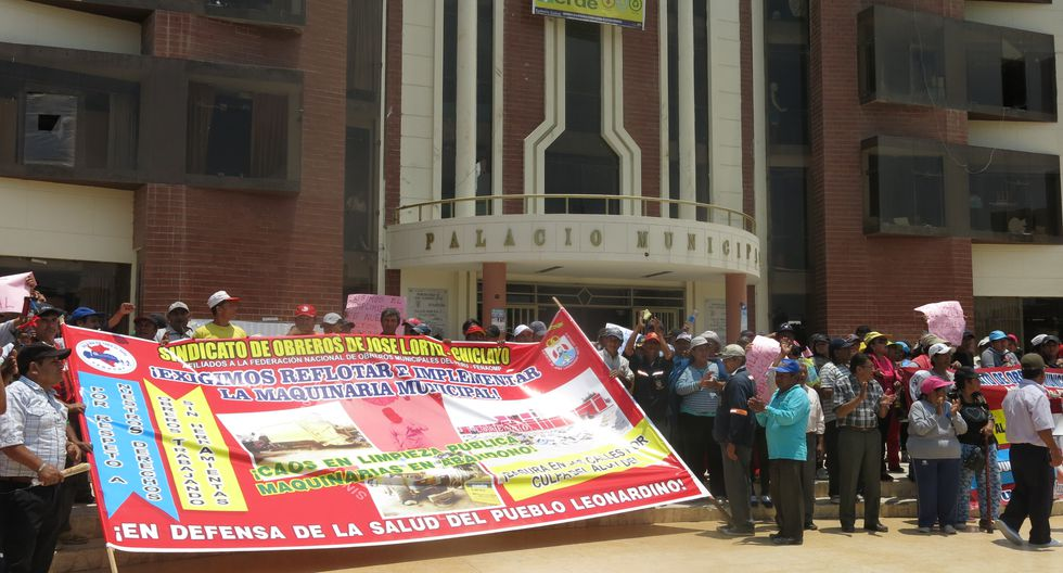 Trabajadores ediles leonardinos anuncian huelga indefinida
