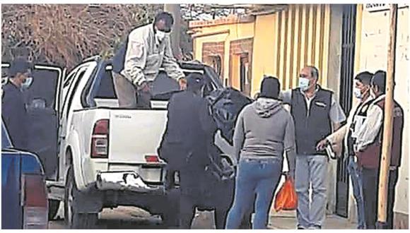 Personal de Homicidios de la División de Investigación Criminal de Chiclayo acudió a lugar para el desarrollo de las investigaciones.