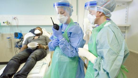 Bajo observación 76 trabajadores que atendieron a enfermo de ebola