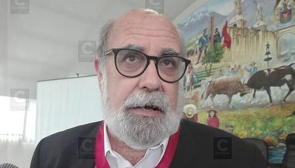Actor Alberto Ísola señala que casos de corrupción se prestan para obras de teatro