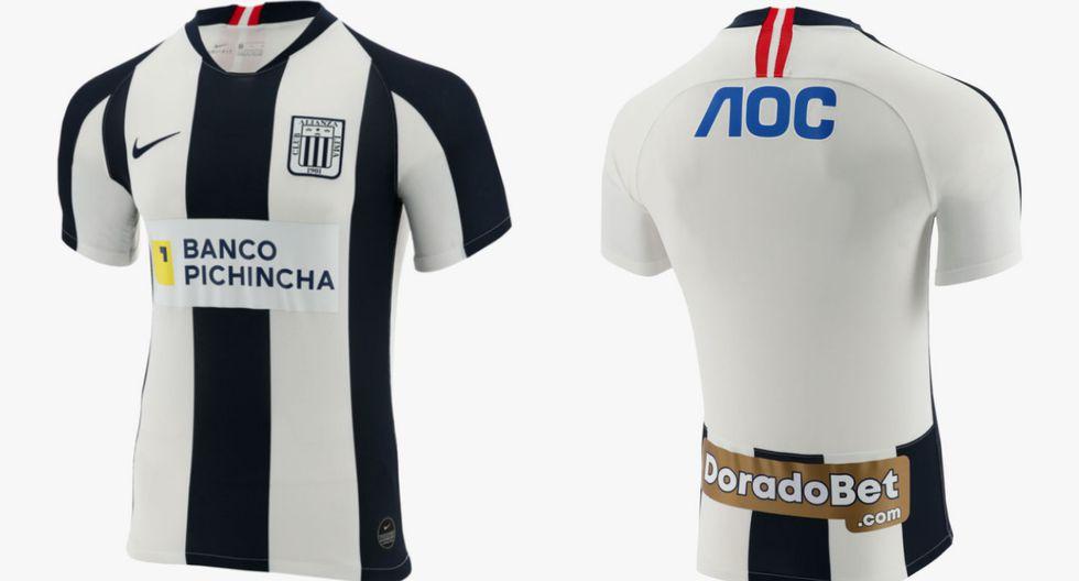 Para 2020, la camiseta volverá a su forma tradicional. con tres franjas azules, dos blancas y las mangas bicolor. (Foto: Archivo GEC)
