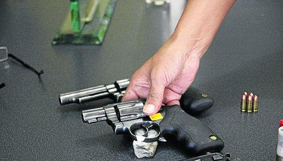 Mininter: más de 180 mil licencias vencidas de armas de fuego serán canceladas