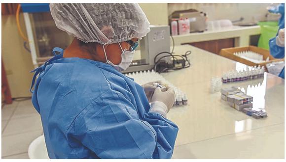 Anuncio se da tras retiro de este y otros dos medicamentos del protocolo de tratamiento para COVID-19 que manejaba el Minsa.