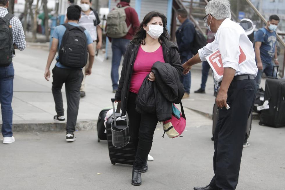 El Gobierno estableció, a través de un decreto supremo que las personas que ingresen al Perú, desde cualquier país de procedencia, deberán cumplir cuarentena obligatoria por 14 días. (Fotos César Campos / @photo.gec)