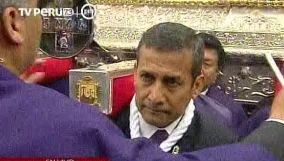 Presidente Humala y sus ministros rindieron honores al Señor de Los Milagros