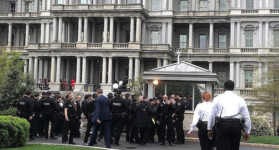 Gran alarma originó un hombre que se prendió fuego frente a la Casa Blanca (FOTOS)