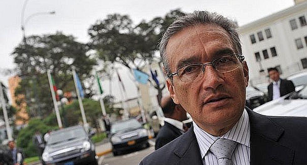 """Alejandro Aguinaga: """"La reclusión afecta la salud de Alberto Fujimori"""""""