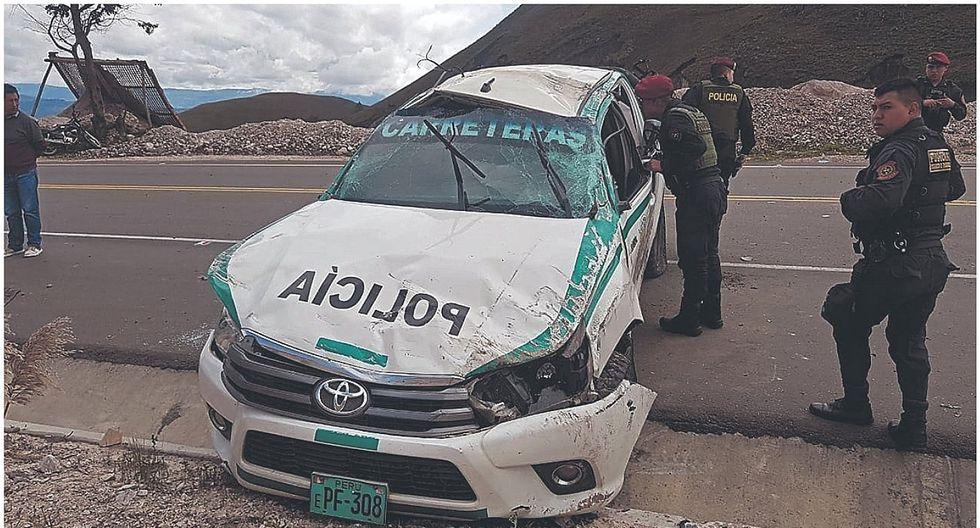 Policías mueren en fatal accidente