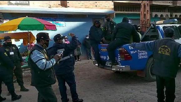 Juliaca: Policías municipales que libaban cerveza serían reincidentes