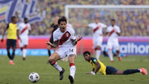 Lapadula viene de brindar dos asistencias para el triunfo 1-2 de Perú en Ecuador. (Foto: AFP)