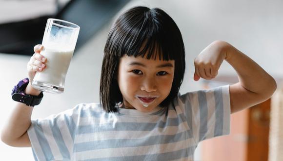 Las opciones deportivas, recreativas y sociales se han reducido en los niños, ganando el sedentarismo. La correcta alimentación es la clave. (Foto: Alex Green / Pexels)