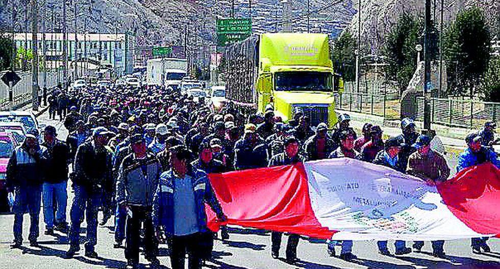Población de La Oroya protesta por desapariciones