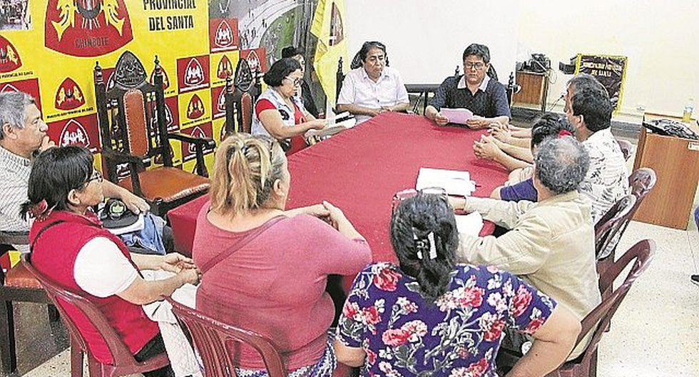 Comerciantes buscan diálogo tras cierre