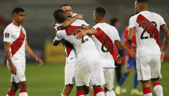 Perú le ganó a Chile y ya piensa en Bolivia, su rival del domingo en La Paz. (Foto: AFP)