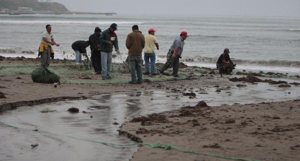 Hallan cuerpo de uno de los pescadores desaparecidos en Chorrillos