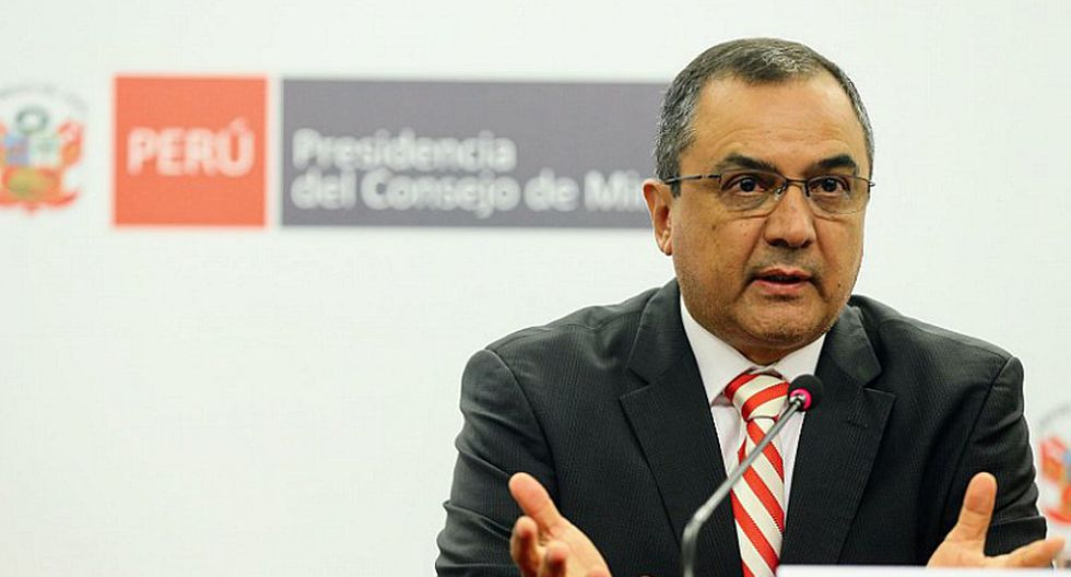 Ministro de Economía indicó que no se recortará ningún derecho en términos de gratificación, CTS ni vacaciones