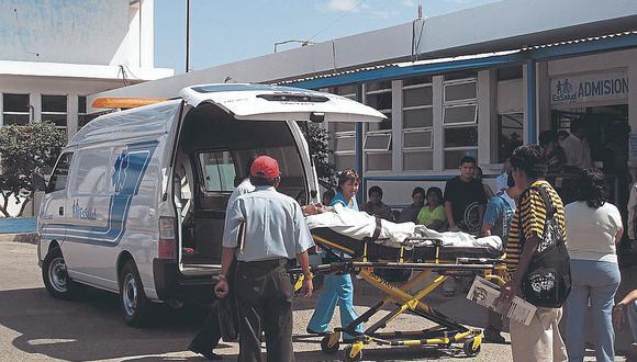Mujer muere tras ser arrollada por un tráiler